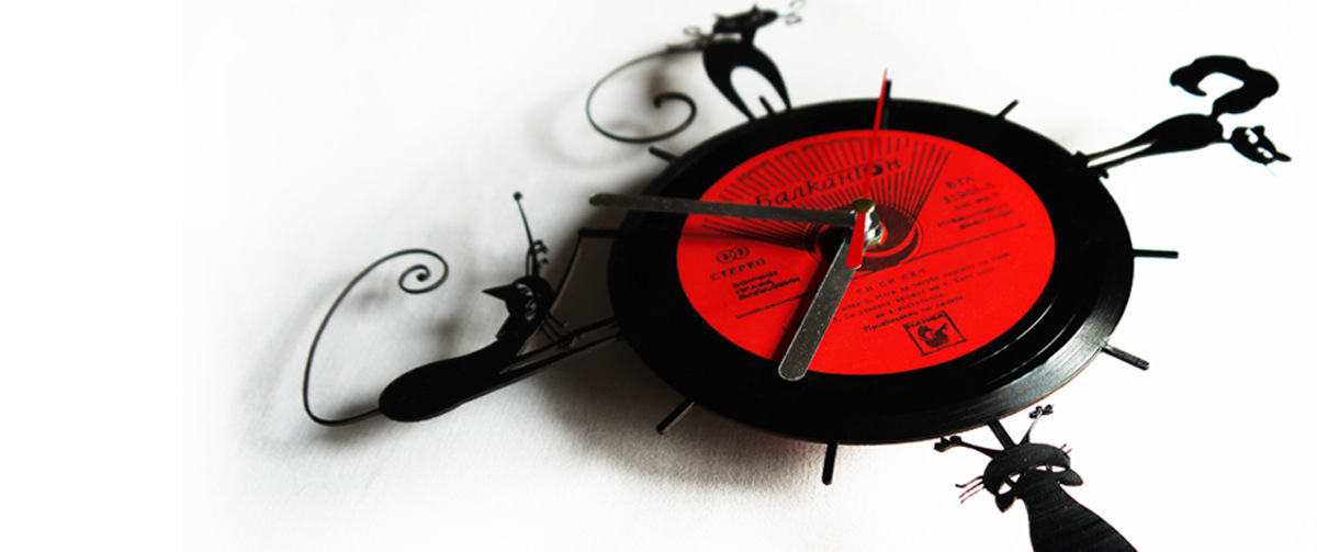 Vinyl clocks - cats motif